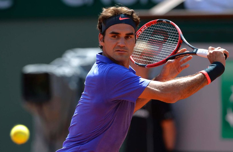 """""""Król Roger"""" chce wygrać na kortach Wimbledonu. Turniej w Stuttgarcie ma mu pomóc w przygotowaniach /AFP"""
