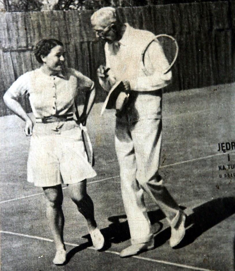 Król Szwecji Gustaw V nie zapomniał w czasie wojny o swojej tenisowej partnerce. Jego interwencja prawdopodobnie ocaliła jej życie - reprodukcja Tomasz Barański /Reporter