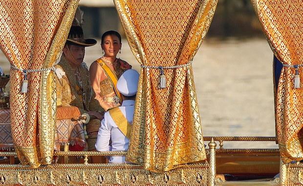 Król Tajlandii na kwarantannie w luksusowym hotelu w Niemczech. Wraz z całym haremem