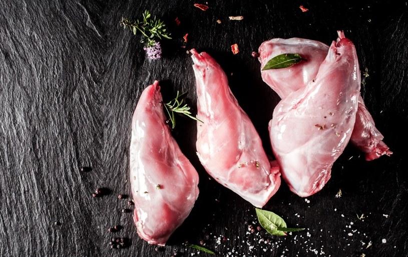 Królicze mięso jest lekkostrawne /©123RF/PICSEL