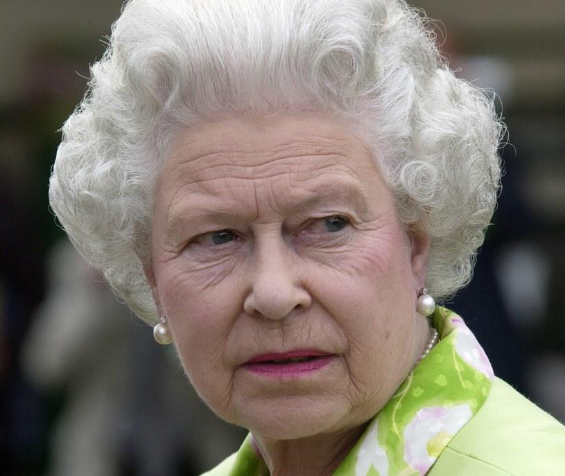 Królową czeka cięcie wydatków? /Tim Graham Photo Library via Getty Images /Getty Images