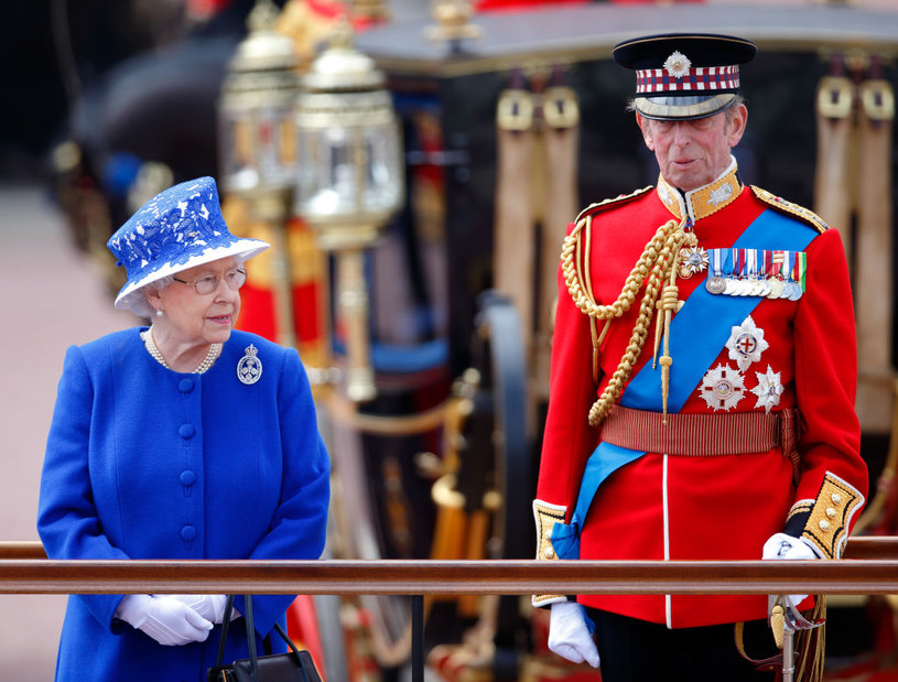 Królowa Elżbieta i jej kuzyn, książę Edward /Max Mumbly /Getty Images