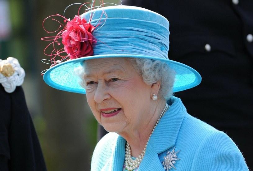 Królowa Elżbieta II ceni sobie prywatność /Allstar Picture Library/Mary Evans Picture Library /East News