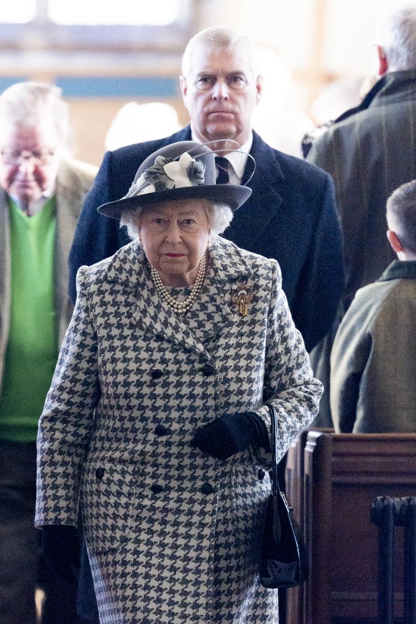 Królowa Elżbieta II i książę Andrzej /Mark Cuthbert /Getty Images