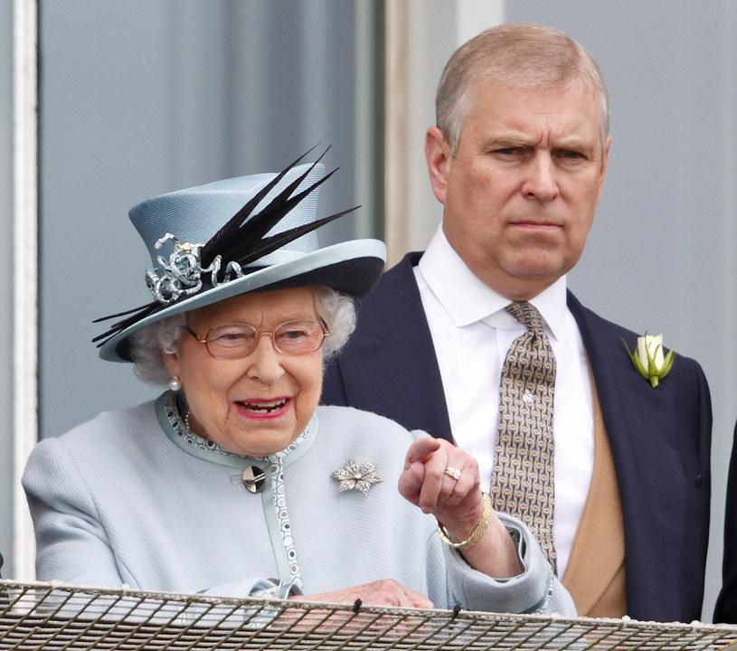 Królowa Elżbieta II i książę Andrzej /Max Mumby/Indigo /Getty Images