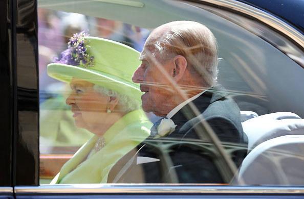 Królowa Elżbieta II i książę Filip maja najdłuższy staż małżeński w historii brytyjskiego imperium /Getty Images