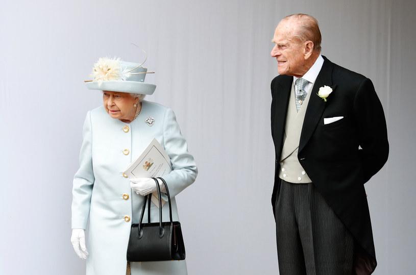 Królowa Elżbieta II i książę Filip /ALASTAIR GRANT/POOL /AFP