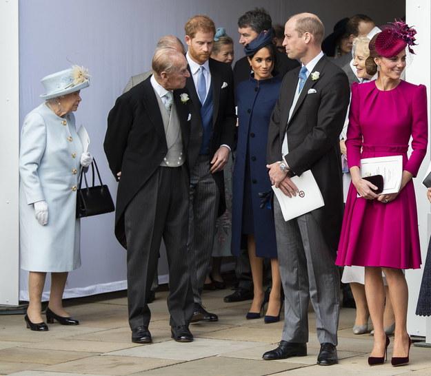Królowa Elżbieta II, książę Filip, książę Harry i księżna Meghan oraz książę William i księżna Kate, październik 2018 /WILL OLIVER  /PAP/EPA