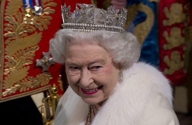 Królowa Elżbieta II na zdjęciu w 2012 roku /Photoshot    /Reporter