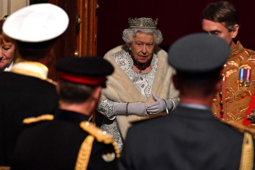 Królowa Elżbieta II podczas otwarcia sesji brytyjskiego parlamentu (październik 2019 r.) /PAUL ELLIS/POOL /AFP