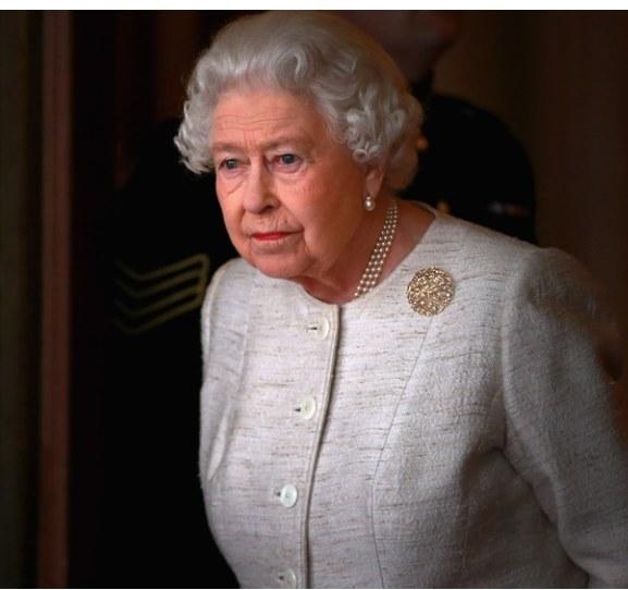 Królowa Elżbieta II rozpoczęła okres elżbietański, który trwa już siedemdziesiąt lat /Getty Images