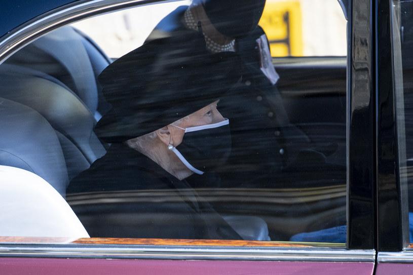 Królowa Elżbieta II w orszaku na pogrzebie Księcia Filipa /Getty Images /Getty Images