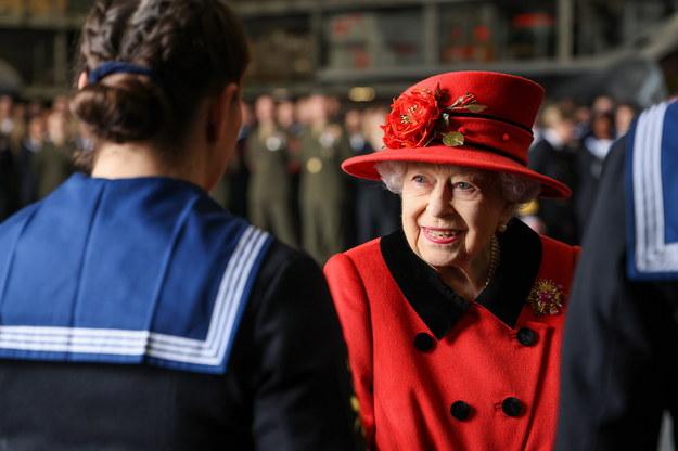 Królowa Elżbieta II wizytowała nowy lotniskowiec przed jego pierwszą misją /Jay Allen/Royal Navy /PAP/EPA