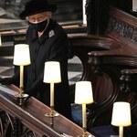 Królowa Elżbieta II złożyła na trumnie odręcznie napisany list. Te słowa łapią za serce!