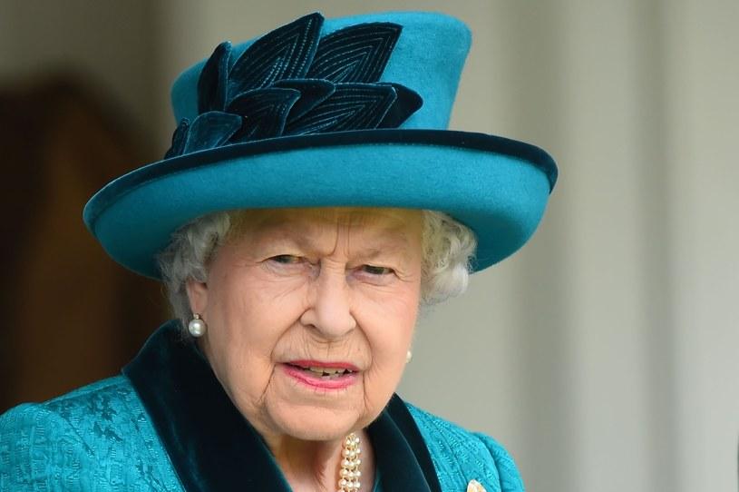 """Królowa Elżbieta II znienawidziła serial """"The Crown"""" /East News"""