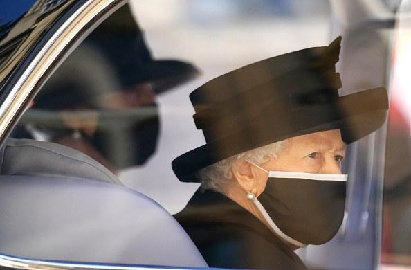 Królowa Elżbieta podczas pogrzebu małżonka / Victoria Jones-WPA Pool /Getty Images