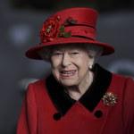 """Królowa """"głęboko i osobiście dotknięta"""". Chodzi o Harry'ego"""