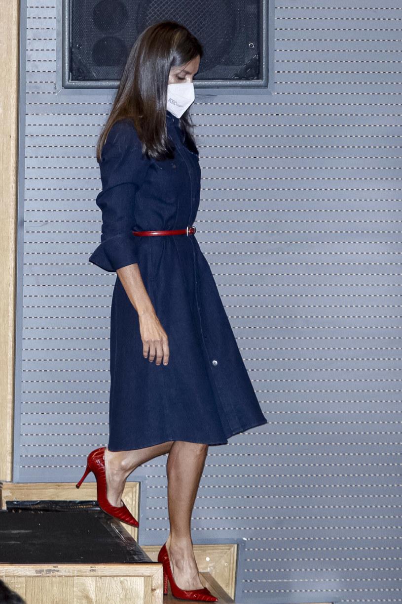 Królowa Letizia przez wiele osób jest uznawana za ikonę mody /Andrews Archie/ABACA/Abaca/East News /East News