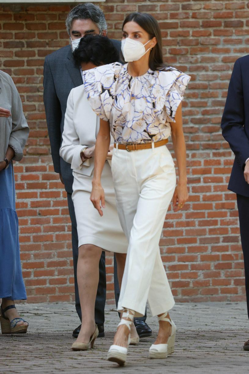 Królowa Letizia w klasycznej, letniej stylizacji /GTRES/G3 Online /East News