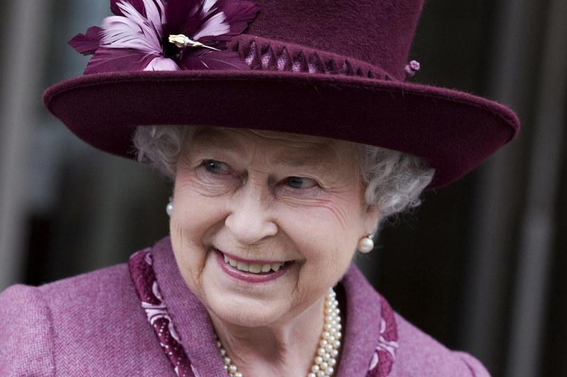 Królowa lubi spacery z psami, polowania, przejażdżki  /Getty Images/Flash Press Media