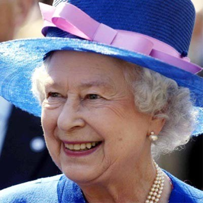 Królowa nie chciała zagrać w filmie /AFP