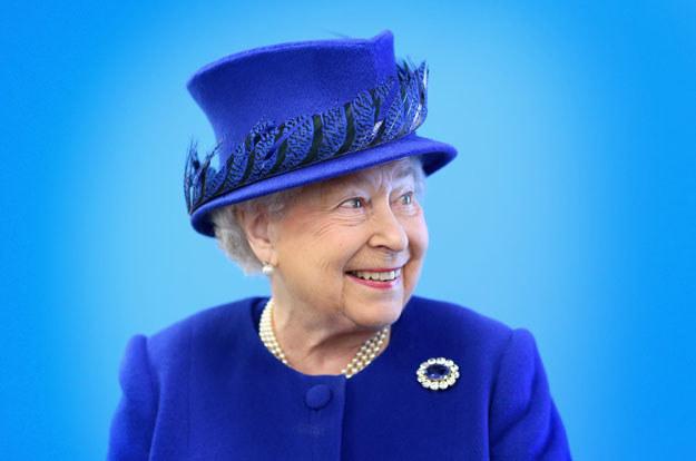 """""""Królowa pozostaje politycznie neutralna"""" /AFP"""