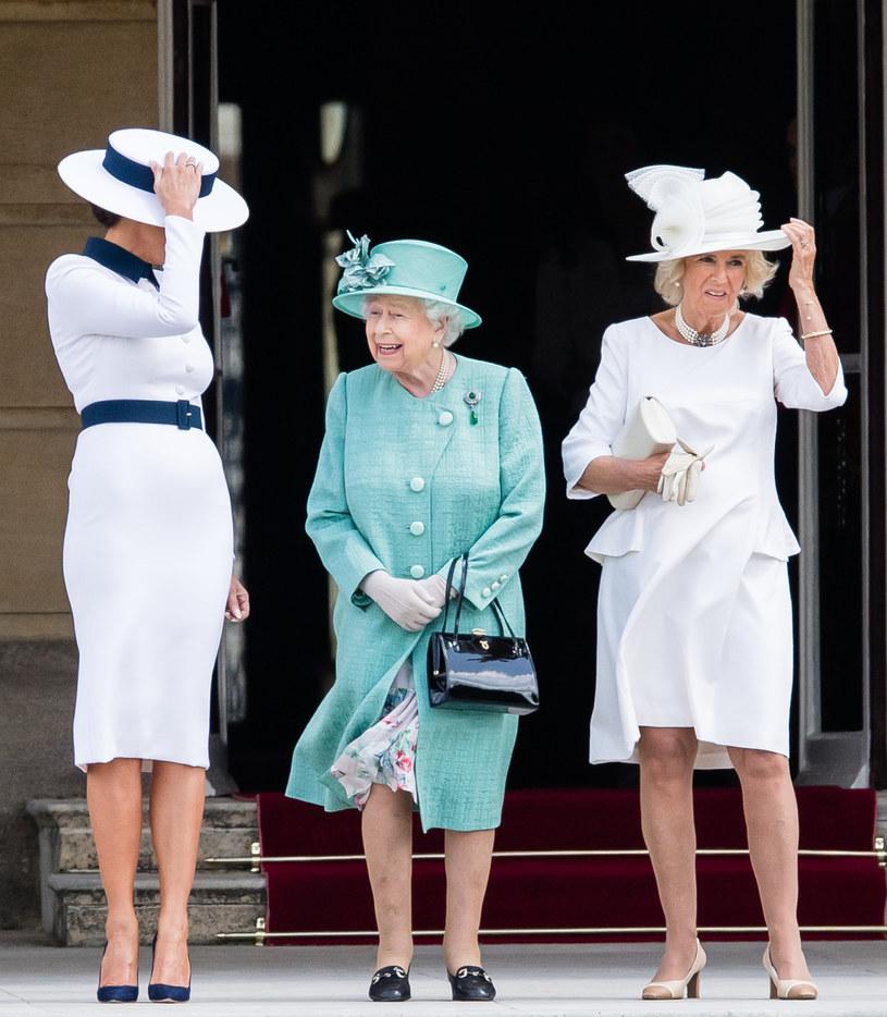 Królowa z Camillą /Samir Hussein /Getty Images