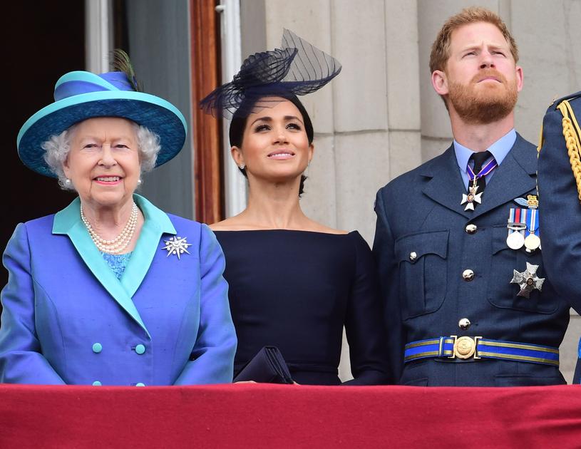 Królowa z Meghan i Harrym /Paul Grover/REX/Shutterstock /Getty Images