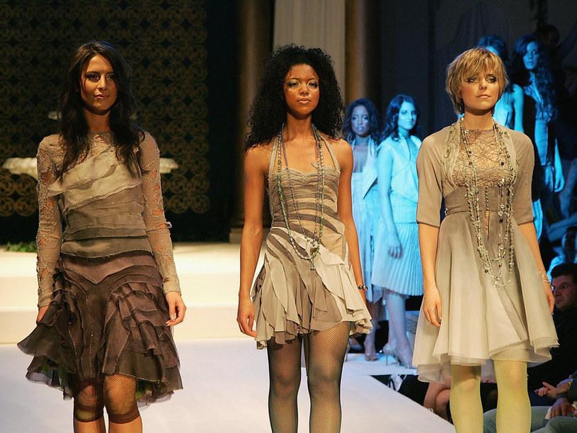 Krótkie sukienki i szorty to propozycje projektantów na nadchodzący sezon  /Getty Images/Flash Press Media