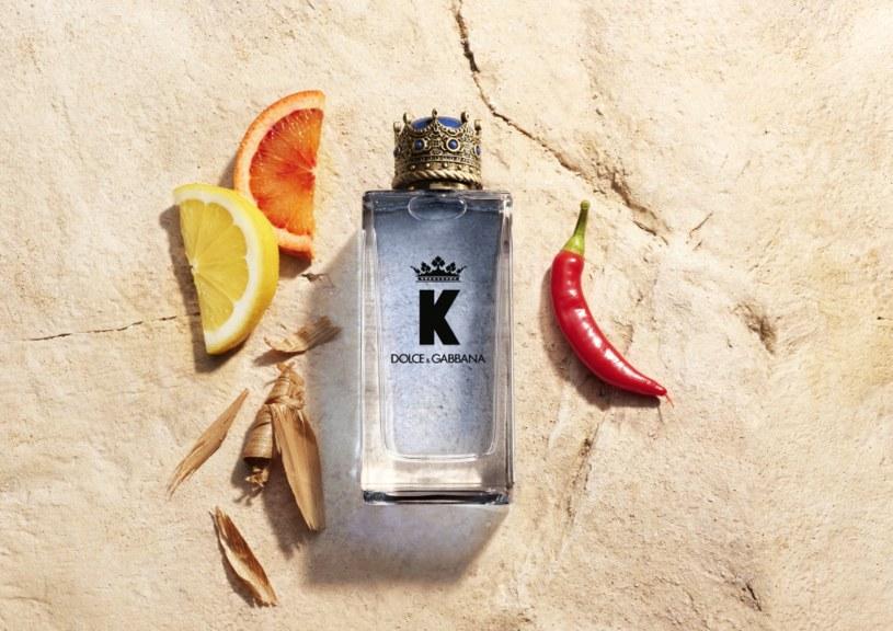 Krwawa pomarańcza, papryczki Pimiento i drzewo cedrowe - to nuty, które znajdziemy w nowym zapachu Dolce&Gabbana /materiały prasowe
