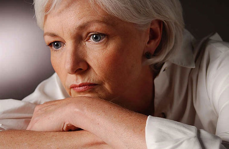 Krwawienie po menopauzie /© Photogenica