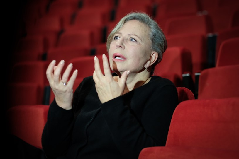Krystyna Janda nie chce mieć swojego pomnika. Aktorka już prawie 50 lat występuje na scenie /Jacek Dominski/REPORTER /East News