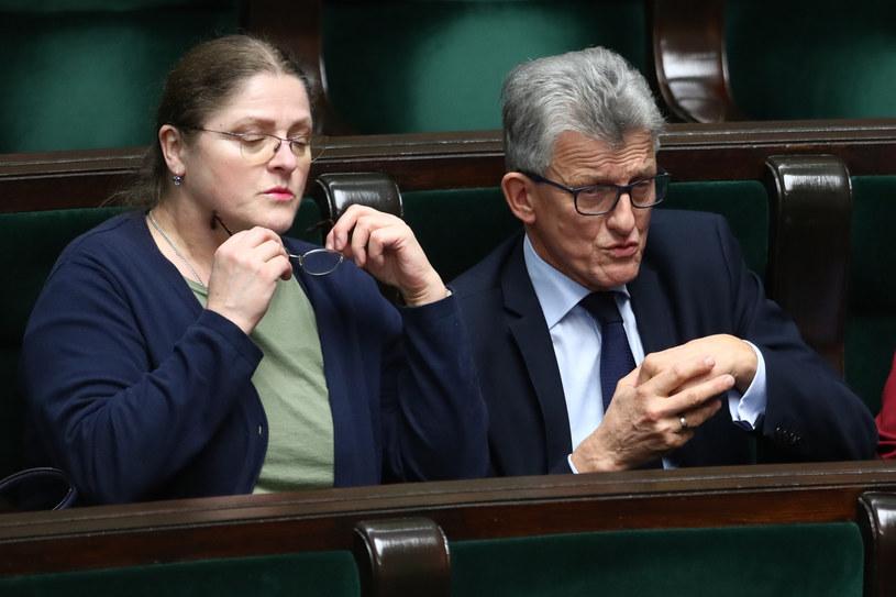 Krystyna Pawłowicz i Stanisław Piotrowicz. Zdaniem posła Marka Asta, tylko ich kandydatury mają być opiniowane. /Andrzej Iwańczuk /Reporter