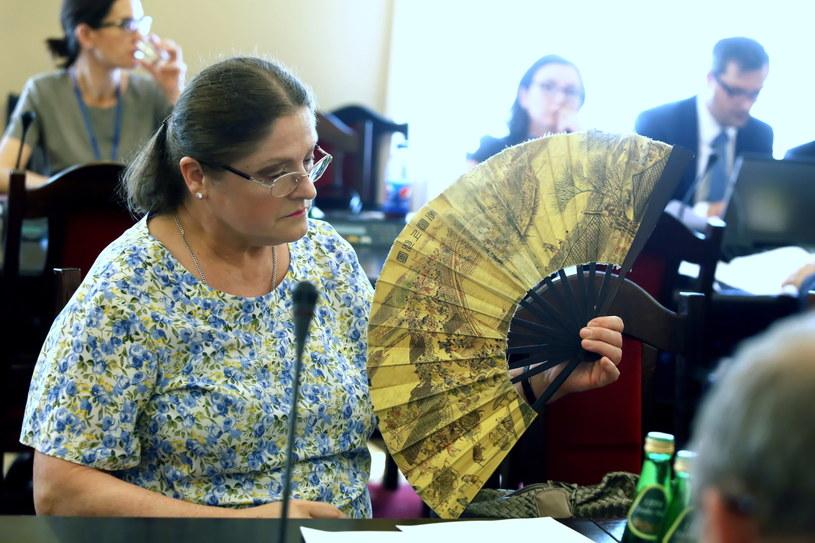 Krystyna Pawłowicz podczas czwartkowych obrad komisji sprawiedliwości /Tomasz Gzell /PAP