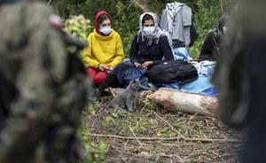Kryzys na polsko-białoruskiej granicy. Porozumienie chce, by opieką objąć kobiety i dzieci