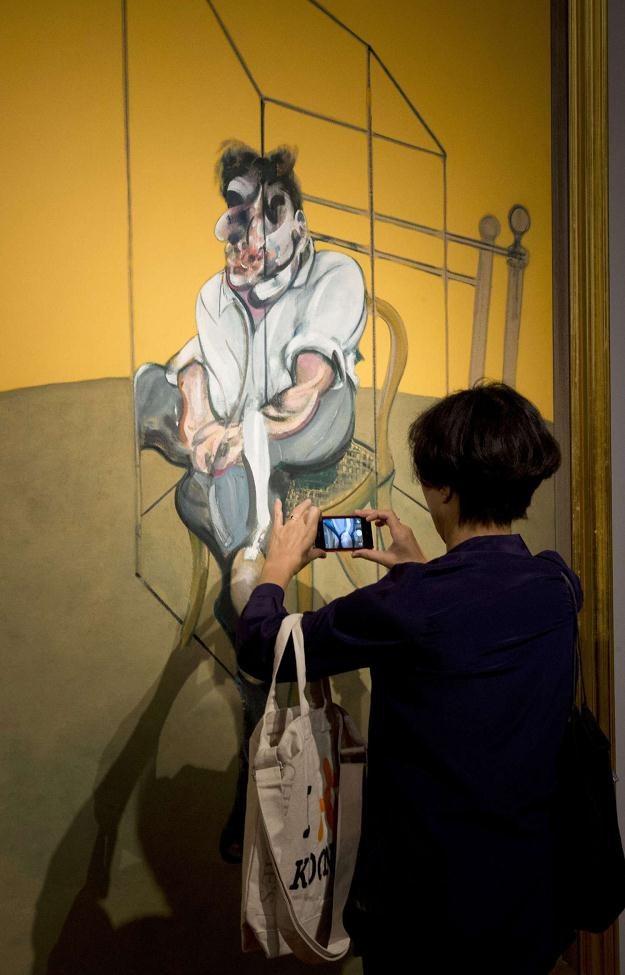 Kryzys sztukę omija /AFP