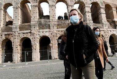 Kryzys turystyki w Rzymie. Ze strachu przed koronawirusem odwołano do 90 proc. rezerwacji
