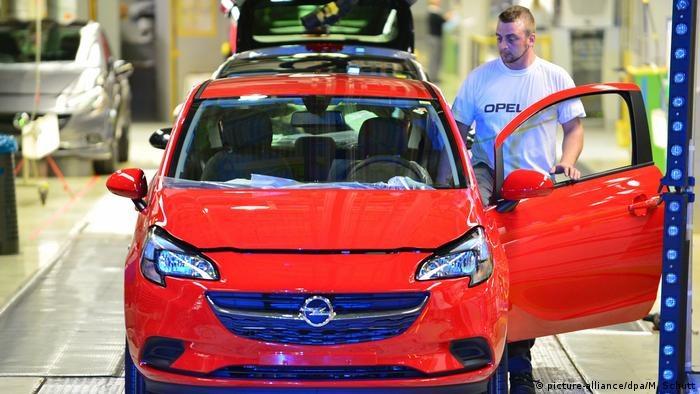 Kryzys z dostawami podzespołów pogłębia się. Opel ogłasza, że zakład Eisenach nie będzie pracował do końca roku /Deutsche Welle