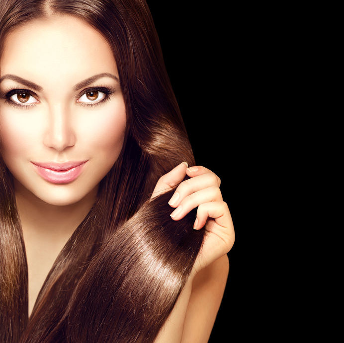 Krzem korzystnie wpływa na włosy /©123RF/PICSEL