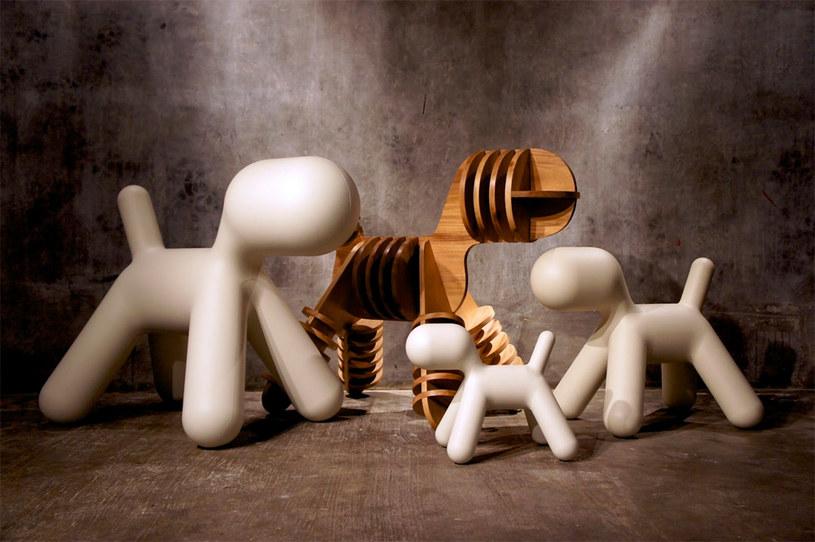 Krzesła w kształcie psów? Czemu nie! /mocoloco.com /Internet
