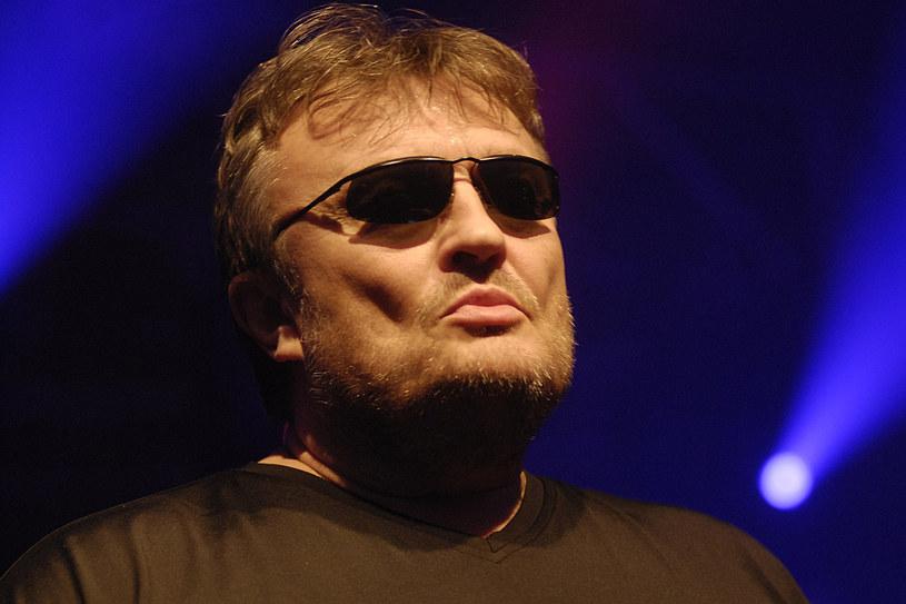 Krzysztof Cugowski od 40 lat na scenie śpiewa dla swoich fanów /Niemiec /AKPA