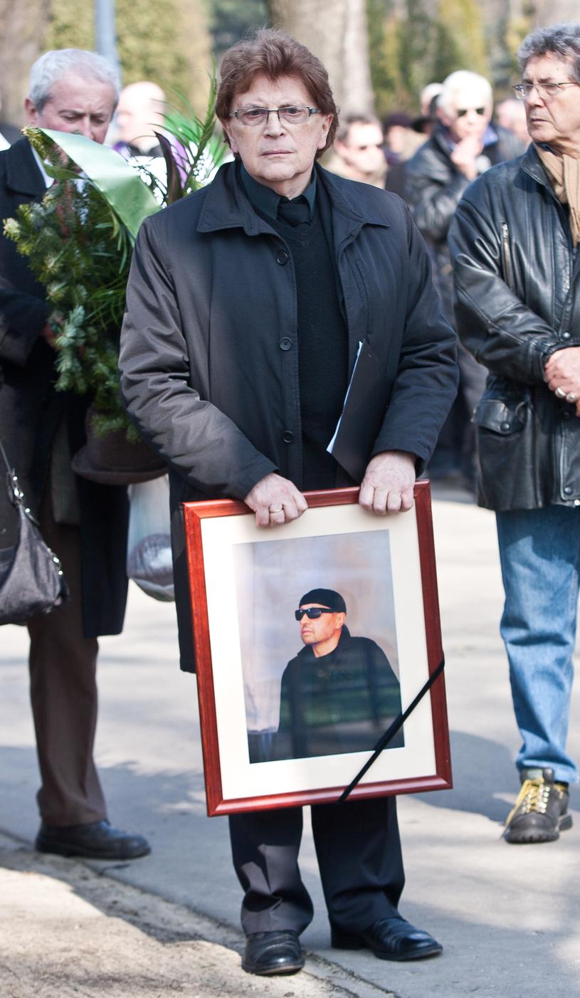 Krzysztof Cwynar na pogrzebie Bogusława Meca /Michał Tuliński /Agencja FORUM