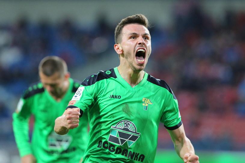 Krzysztof Danielewicz po zdobyciu bramki w meczu z Wisłą Kraków /Mateusz Skwarczek /