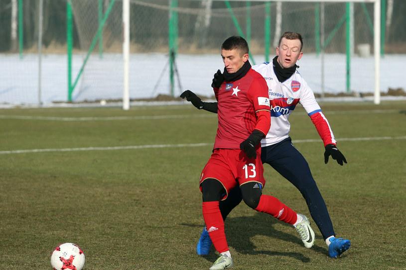 Krzysztof Drzazga w sparingu z Rakowem Częstochowa /East News