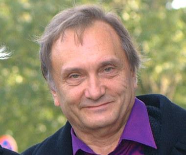 Krzysztof Gradowski: Nad dzieciństwem trzeba rozpiąć kolorowy parasol
