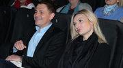 Krzysztof Ibisz z ukochaną na imprezie