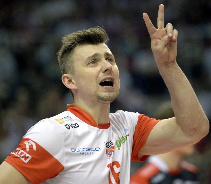Krzysztof Ignaczak i jego koledzy z Resovii mają zamiar wrócić jeszcze z rywalizacją o mistrzostwo do Rzeszowa. /Dariusz Delmanowicz (PAP) /PAP