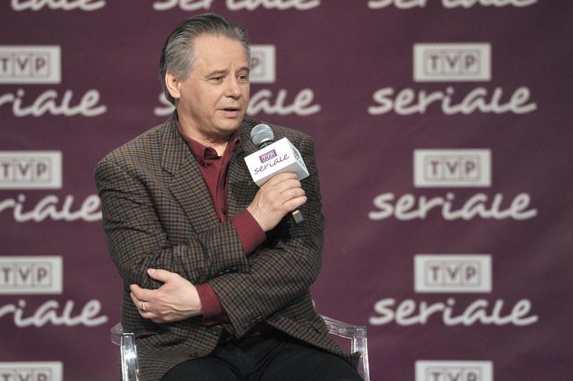 Krzysztof Janczar wciąż jest aktywny zawodowo - gra w filmach i serialach. Tutaj podczas spotkania w TVP Seriale w 2016 roku /AKPA