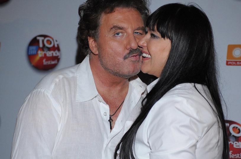 Krzysztof Krawczyk z żoną Ewą /Andras Szilagyi /MWMedia