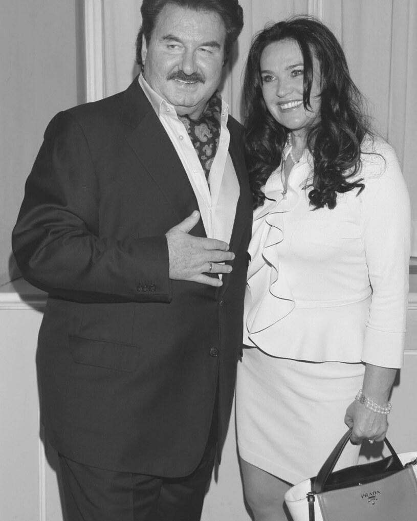 Krzysztof Krawczyk z żoną Ewą /Paweł Wrzecion /MWMedia
